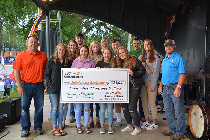 SDFU Foundation Scholarships | South Dakota Farmers Union